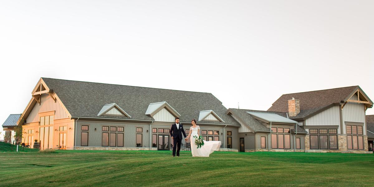 Oxbow Country Club wedding North Dakota