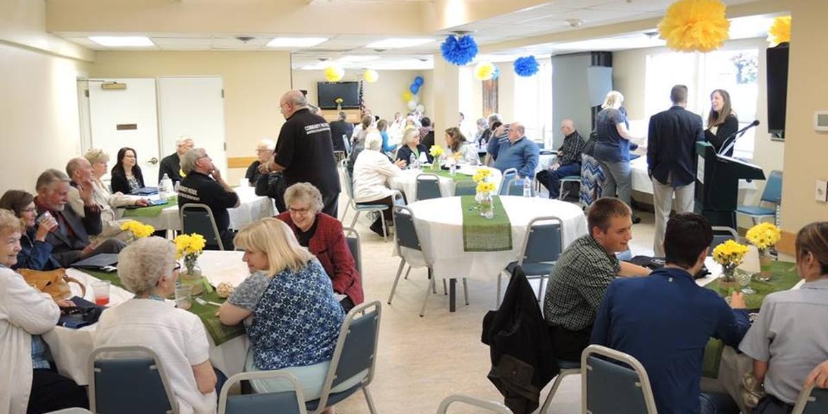 Ken Baxter Community Center wedding Everett