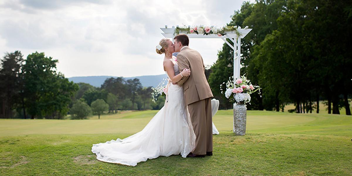 Brushy Mountain Golf Club wedding Charlotte