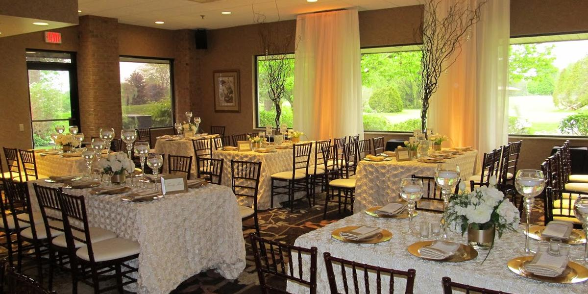 Atlas Valley Country Club wedding Detroit