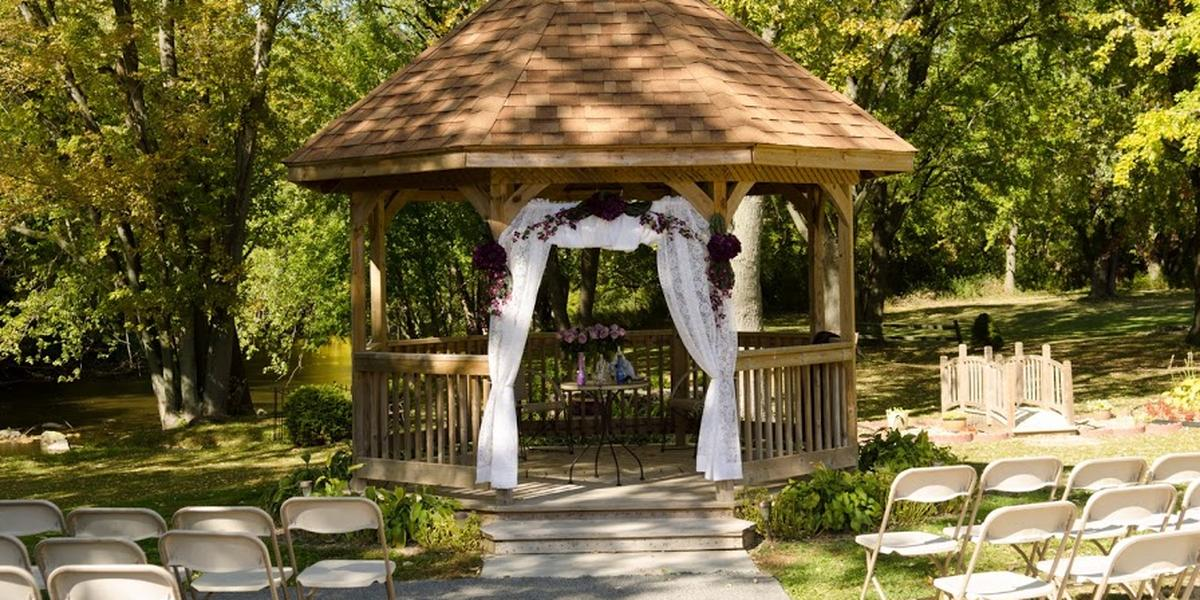 The Hub At Cedar Creek wedding Milwaukee