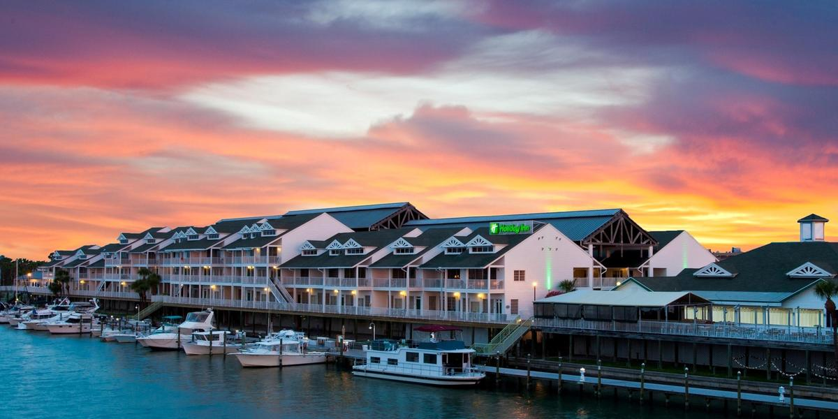 Holiday Inn & Suites Harbourside wedding Tampa