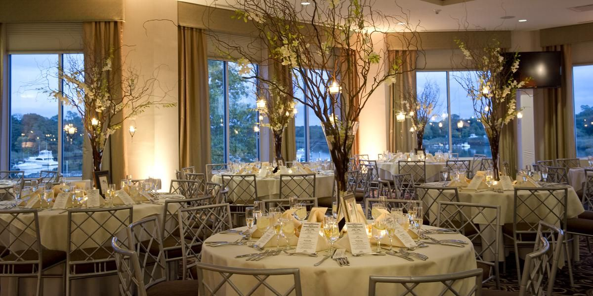 Atlantis Banquets & Events / Long Island Aquarium wedding Long Island