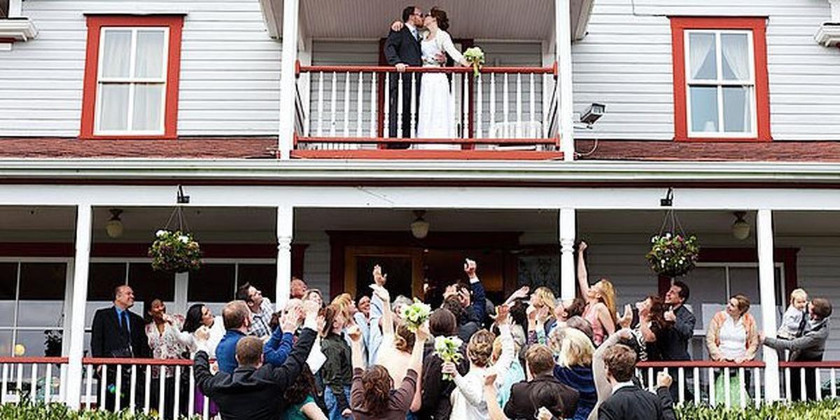Orcas Hotel wedding Everett