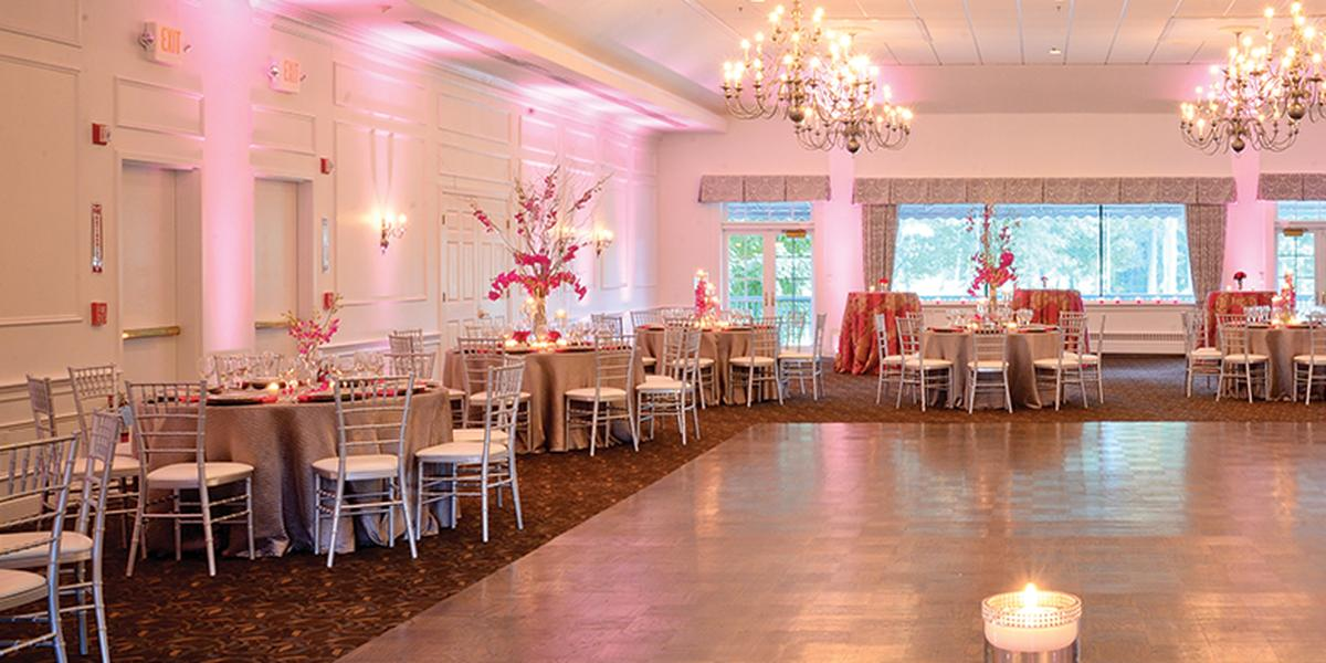 Black Swan Country Club wedding North Shore