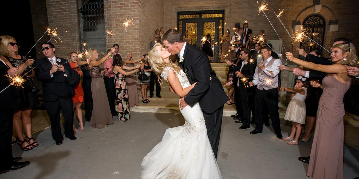 Raveneaux Country Club wedding Houston