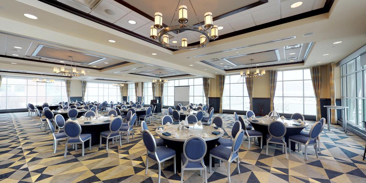 Sheraton Erie Bayfront Hotel wedding Northwest PA